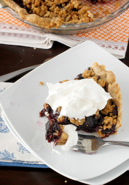 Whole Wheat Blueberry Crumb Pie