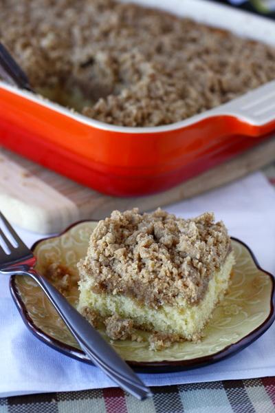New York Style Crumb Cake | What Megan's Making