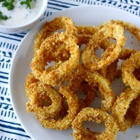 Baked Onion Rings with Chipotle Ranch Dressing