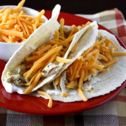 Crock Pot Salsa Verde Chicken Tacos