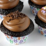 One Bowl Chocolate Cupcakes - the best chocolate cupcakes ever! And they are so easy to make!