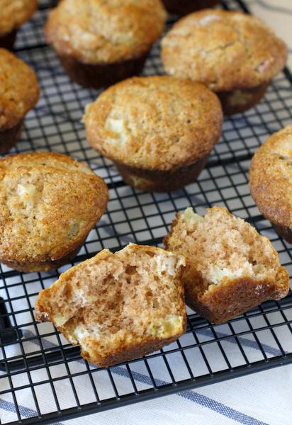 Easy Rhubarb Muffins