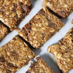 Oatmeal Cookie Granola Bars